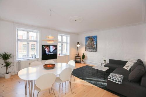 Stylish and Centrally Located Flat in Copenhagen!, Copenhagen