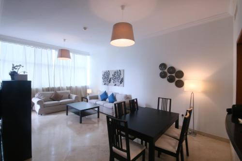 Four Bedroom Beachfront JBR walk apartment, Дубай