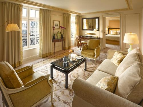 Shangri-La Hotel, Paris impression
