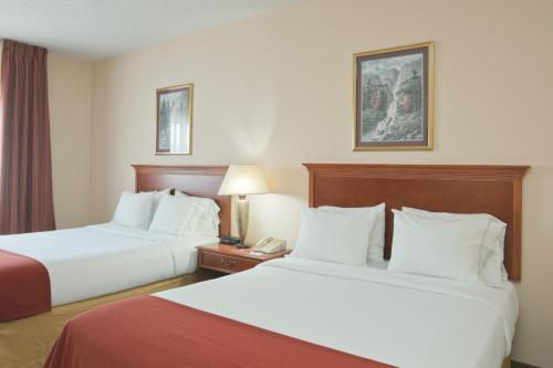 Holiday Inn Express Portage - Portage, IN 46368