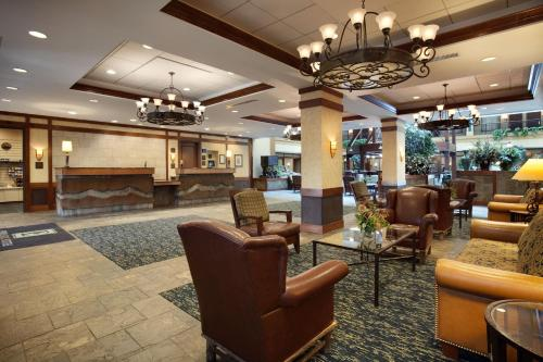 Embassy Suites Denver - International Airport Photo