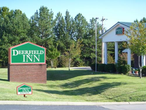 Deerfield Inn and Suites - Fairview Photo