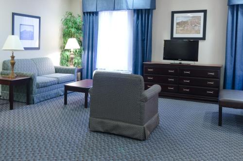 Hampton Inn Mount Airy Photo