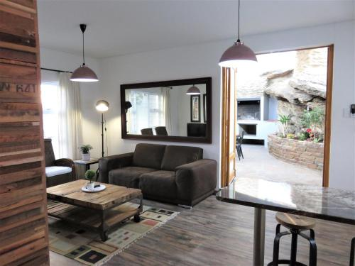 Private luxury Unit close to CBD and Restaurants, Windhoek