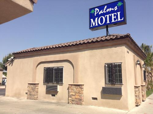 Palms Motel Photo