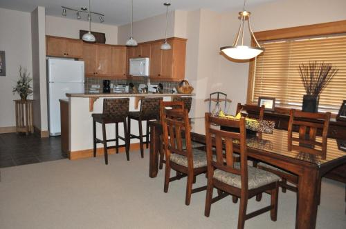 Red Mountain Village Condos Photo