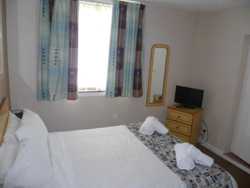 Photo of Ayr Town Lodge - Budget Hotel Hotel Bed and Breakfast Accommodation in Ayr South Ayrshire