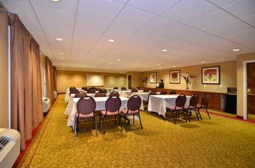 BEST WESTERN PLUS Brookside Inn Photo
