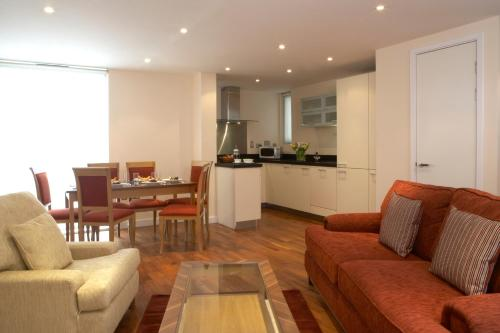 Stay at Marlin Apartments Canary Wharf
