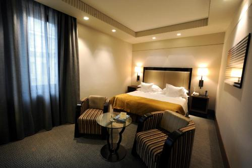 Allegroitalia golden palace turin italy overview for Designhotel turin