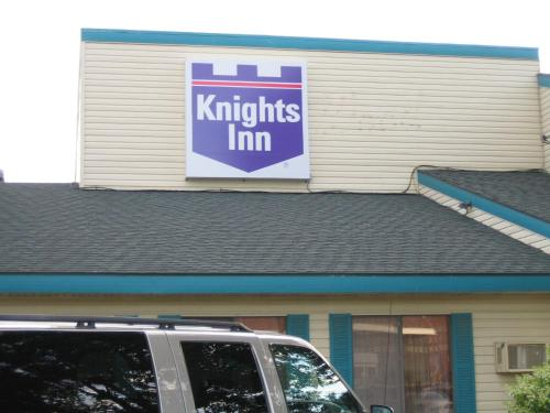 Knights Inn Litchfield Photo