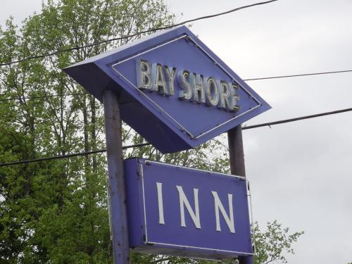 Bay Shore Inn Photo