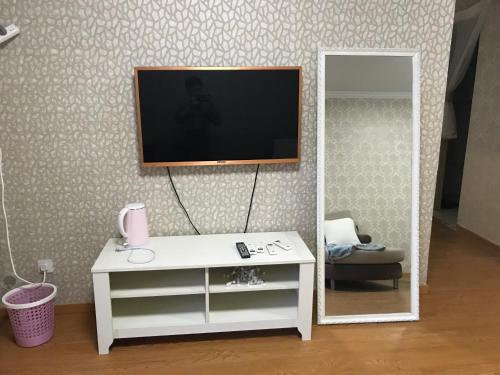 Hardcover Three-Bedroom Apartment, Hangzhou