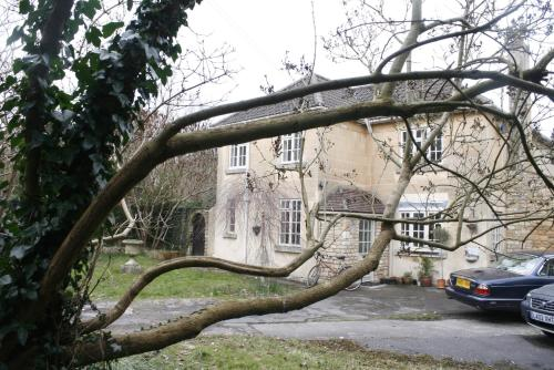 Photo of Green Hedges - self catering Self Catering Accommodation in Bath Somerset