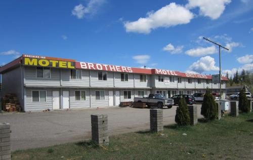 Brothers Inn Motel Photo