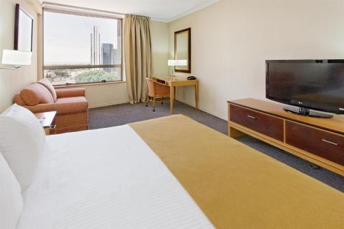 Holiday Inn Express Puerto Madero Photo