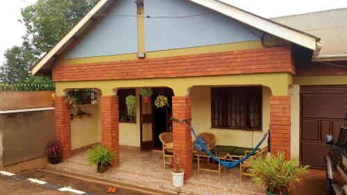 York Green Home, Bukoto