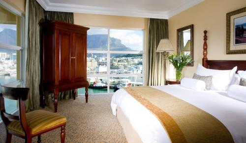 The Table Bay Hotel Photo