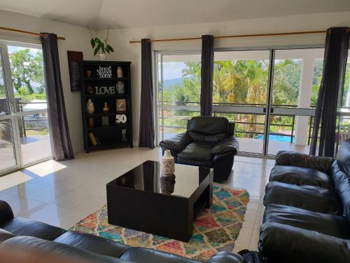 4 Bedroom Guest Suite with pool and view, Apia