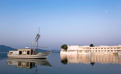 Taj Lake Palace , Udaipur, Indien, picture 3