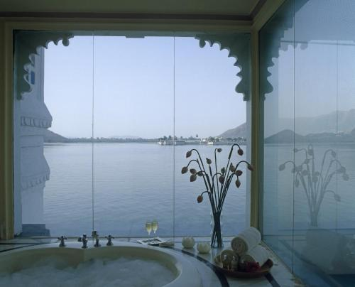 Taj Lake Palace , Udaipur, Indien, picture 5