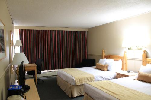 Days Inn Whitehorse Photo