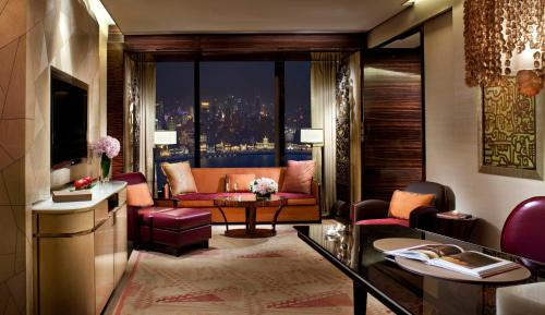 The Ritz-Carlton Shanghai, Pudong photo 7