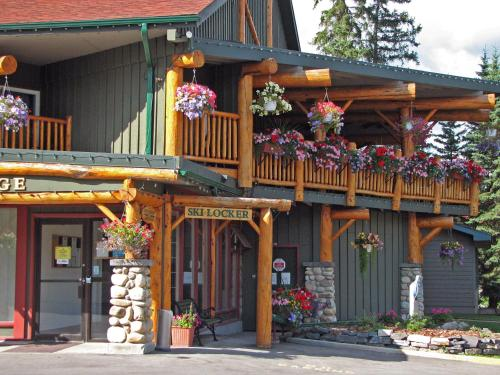 Inns of Banff Photo