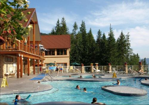 Halcyon Hot Springs Village and Spa Photo