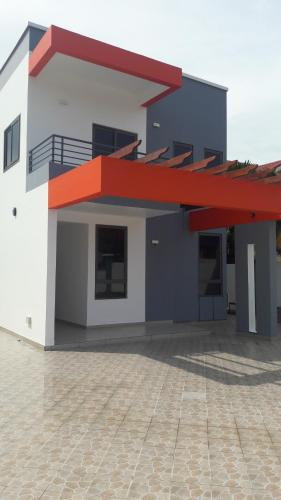 Queenly 4 Bed - Trassacco, Accra