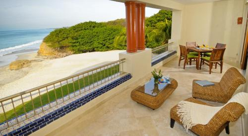 Rancho Banderas All Suite Resort Punta Mita Photo