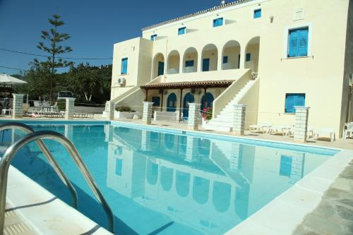 Lianos Hotel Apartments - Kokkinari Greece