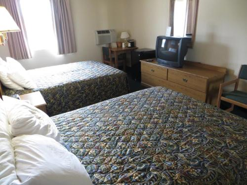 Days Inn Custer Photo