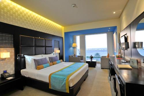 Hues boutique hotel dubai united arab emirates overview for Star boutique dubai