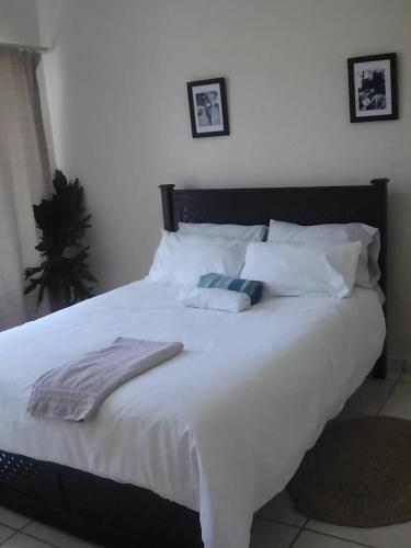 Swazi Bohemian ( Guest Room1 with Ensuite Bathroom), Mbabane