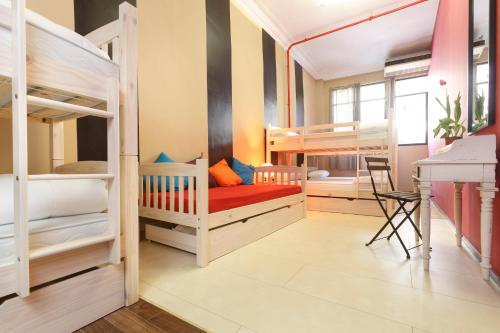 Hostal Hip Hostel Barcelona thumb-4