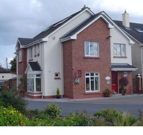 Photo of Auburn House B&B Hotel Bed and Breakfast Accommodation in Galway Galway