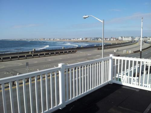 Surfview Apartments