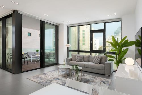 Rotem Shani #10 - Luxury 2br condo with sea view, Tel Awiw