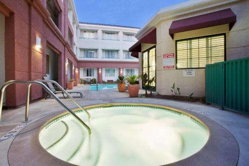 Country Inn & Suites By Carlson, San Jose International Airport, CA Photo