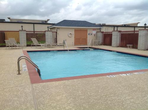 Scottish Inn & Suites Houston Photo