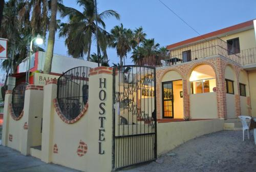 Hotel Hostel Baja Backpackers