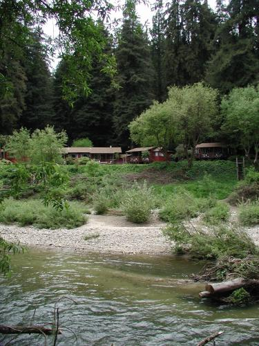 Fern River Resort - Felton, CA 95018