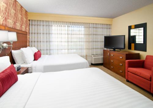 Courtyard By Marriott Irvine John Wayne Airport - Irvine, CA 92614