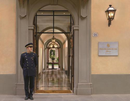 Four Seasons Hotel Firenze photo 18