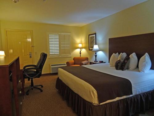 Southern Inn and Suites Kenedy - Kenedy, TX 78119