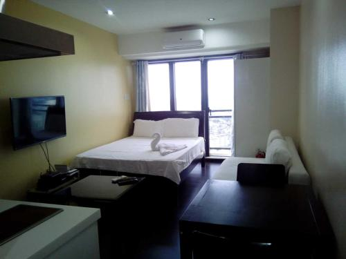 Relaxing and Affordable Studio @ Knightsbridge Residences, Manilla