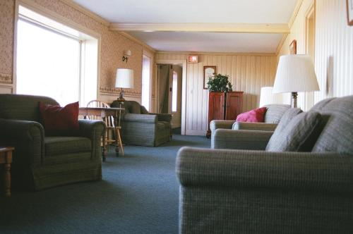 Winter Clove Family Inn Photo