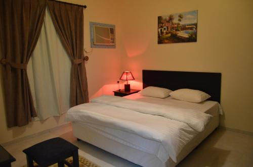 A Gadeen Furnished Apartment Aparthotel