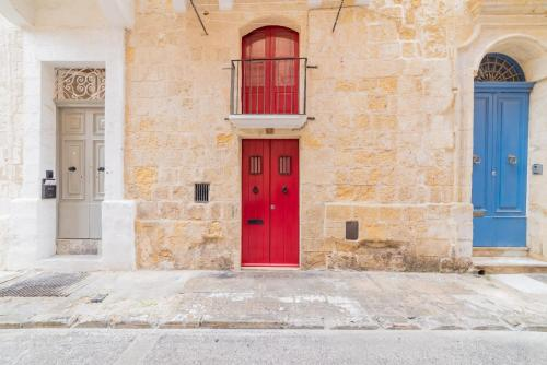 Central Valletta House of Character for 4, La Valette
